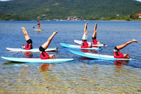 Exercícios de SUP ioga em Florianópolis