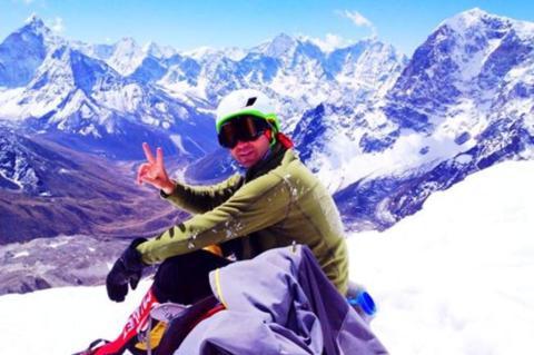 Catarinense tenta escalar Everest