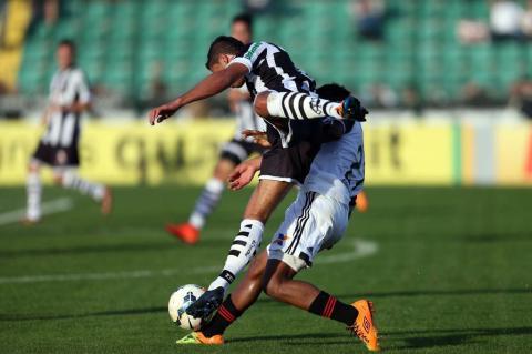 Figueirense faz 3 a 0 no Sport no Orlando Scarpelli