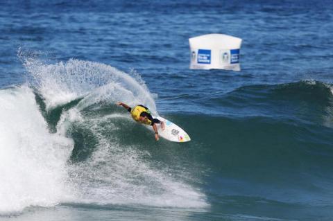 Confira fotos do primeiro dia de surfe pelo WCT RIo de Janeiro