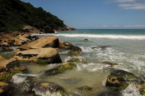 Praias escondidas de Governador Celso Ramos
