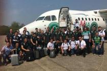 Delegação da Chapecoense antes de embarcar