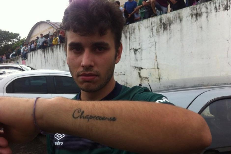 Torcedor Jeferson Facenda queria tatuar a taça mas vai fazer uma outra homenagem.