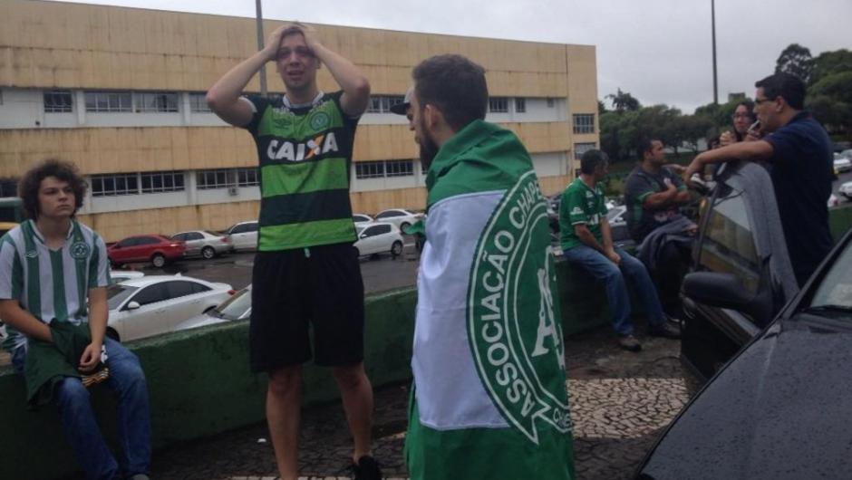 Em Chapecó, jogadores e torcedores ficaram desolados na Arena Condá