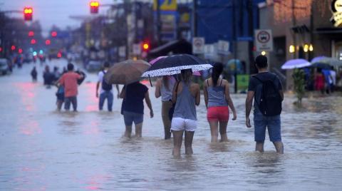 Confira as imagens dos pontos de alagamento em Joinville